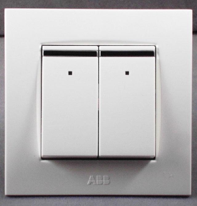 abb 由艺二开双控带装饰线带灯开关au16553-ww