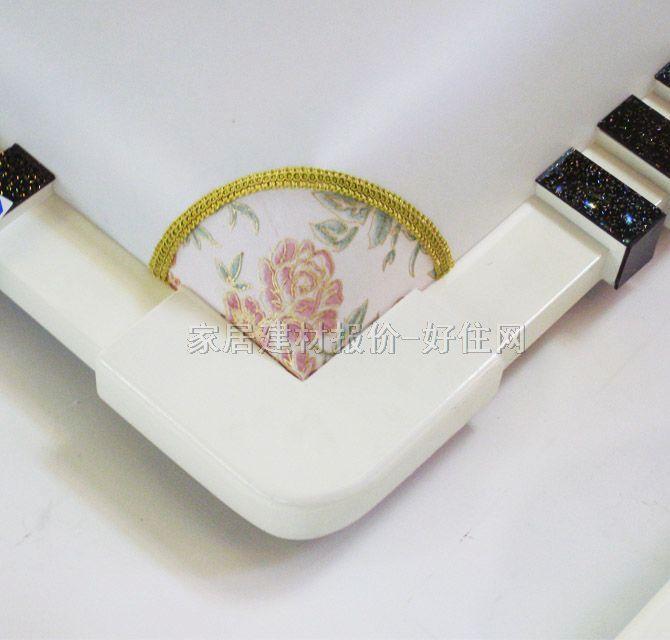 方形 款式风格 :古典传统风格 适配光源 :节能灯 灯罩颜色材质 :白底